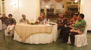 Sultan Ingin Netizen Jadi Kepanjangan Tangan Masyarakat