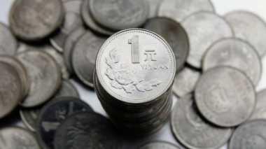 Walah, Perusahaan Bus China Bayar Gaji Sopirnya dengan Uang Receh