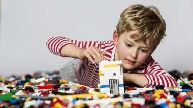 Ternyata Ini Gaya Parenting yang Membuat Anak Laki-Laki Suka Nakal di Rumah