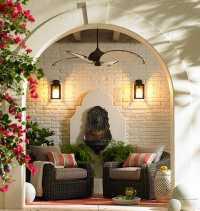 Pintu Masuk Diberikan Pencahayaan Saja Biar Terkesan Mewahnya