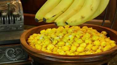 RESEP PILIHAN: Bunda, Bikin Banana Popcorn untuk Camilan si Kecil Yuk