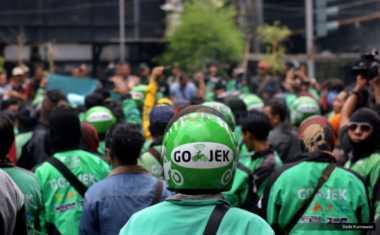 Heboh di Palembang, Sopir Taksi Online Diserang Pria Diduga Sopir Taksi Gelap