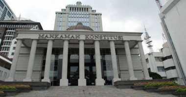 Diduga Terlibat Pencurian Berkas Pilkada Dogiyai, 2 Satpam MK Diringkus Polisi