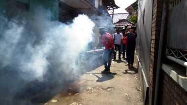 Tangkal Demam Berdarah, DPC Perindo Cipayung Gelar Fogging