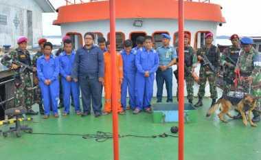 TNI AL Amankan Ratusan Ton BBM Ilegal di Perairan Kepri