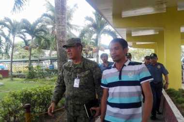 Militer Filipina Selamatkan Kapten Kapal Kargo yang Diculik Abu Sayyaf