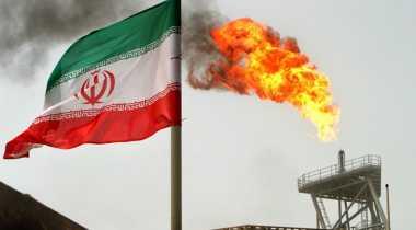Iran Jatuhkan Sanksi terhadap 15 Perusahaan AS, Kenapa Ya?