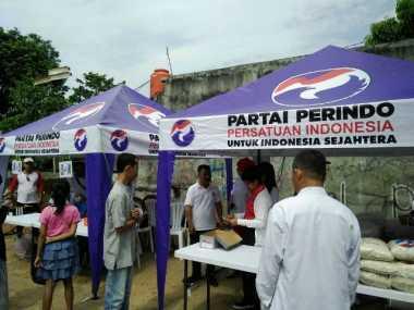 500 Paket Beras Murah Kartini Perindo Ludes Dibeli Warga