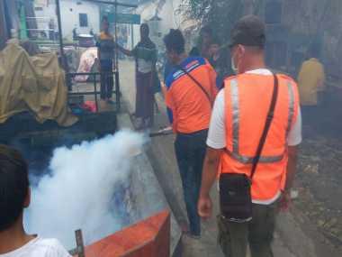 Peduli Kesehatan Warga, Perindo Gelar Fogging di Cipayung