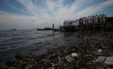 Polres Buleleng Kawal Ritual Melasti Umat Hindu