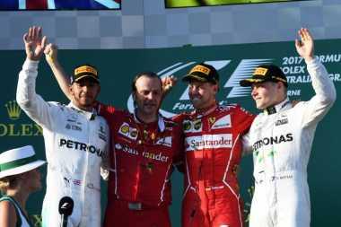 Kalah Bersaing di GP Australia, Hamilton Akui Kehebatan Vettel Bersama Ferarri