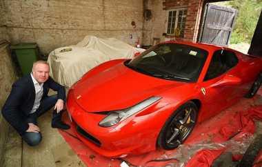 Gara-Gara Lubang di Jalan, Pemilik Ferrari Ini Dapat Uang Rp167 Juta