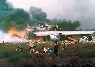HISTORIPEDIA: Tabrakan Dua Jumbo Jet di Bandara Spanyol Renggut 583 Nyawa