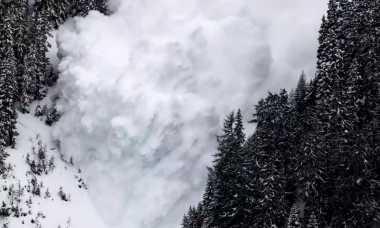 BREAKING NEWS: Longsor Salju di Jepang, 6 Pelajar Dikhawatirkan Tewas