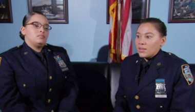 Kerja Sekantor, Ternyata Dua Polwan di New York Ini Kakak Beradik