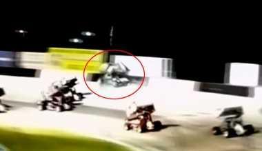 VIDEO: Tragis! Tabrak Dinding Pembatas, Pembalap Unggulan Sprint Car Tewas Seketika