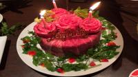 Bukan dari Cake, Kue Ulang Tahun Ini Terbuat dari Bahan Antimainstream