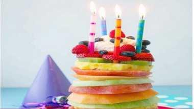Teman Anda yang Vegetarian Besok Ulang Tahun? Hadiahi Vegetable Cake Ini