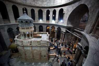 Makam Yesus Sebentar Lagi Dapat Disambangi