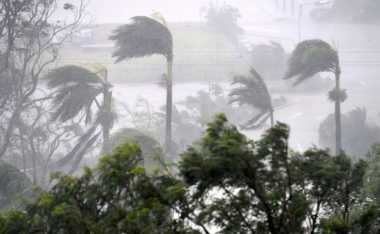 Australia Dihantam Topan Debbie, Ribuan Warga Diminta Mengungsi