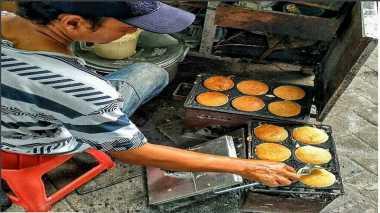 FOOD STORY: Apem hingga Bubur Suro, Suguhan Spesial dalam Perayaan Khusus di Indonesia