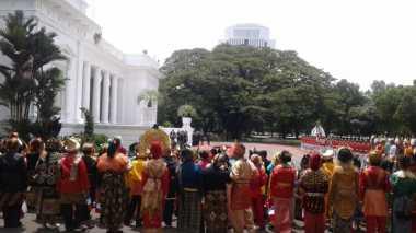 VIDEO: Parade Penyambutan Presiden Prancis di Istana Merdeka