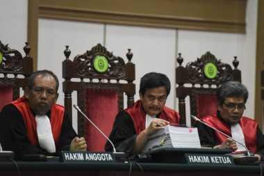 Pekan Depan, Hakim Akan Periksa Ahok dan Barang Bukti Dugaan Penistaan Agama