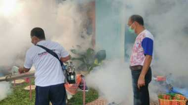 "Asyik, Senangnya Warga Pekalongan Usai Lingkungannya ""Diasapi"" Perindo"