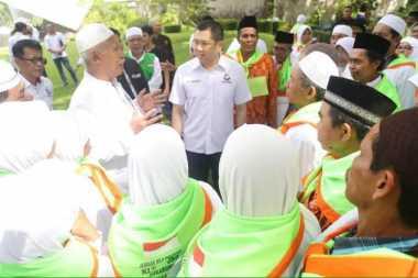 Hary Tanoe Bertemu Kelompok Bimbingan Ibadah Haji Tarbiyatul Ummah
