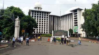 Sehari Jelang Aksi 313, Massa dari Luar Jakarta Mulai Berdatangan ke Masjid Istiqlal