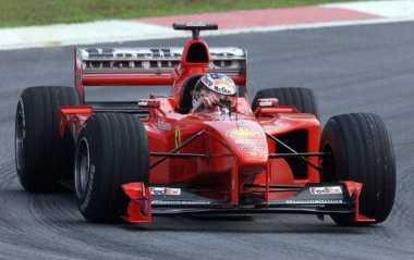 Vettel Juarai GP Australia, Ferrari Berikan Sinyal Persaingan di F1 2017