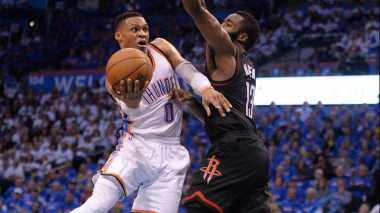Westbrook Jadi Aktor Kemenangan Tipis OKC atas Rockets di Game Ketiga