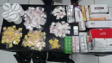 Polisi Gagalkan Pengiriman Ribuan Obat Ilegal ke Subang