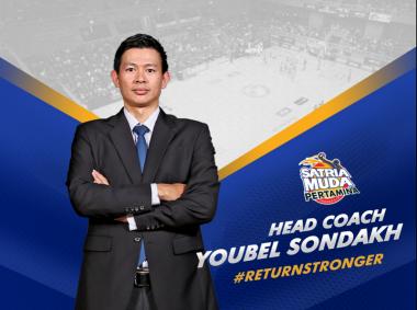 Kalahkan Tiga Kandidat Lain, Youbel Sondakh Dipilih Jadi Pelatih Terbaik IBL 2017
