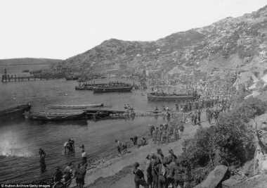 HISTORIPEDIA: Dimulainya Aliansi Negara Sekutu PD I dalam Menginvasi Wilayah Turki