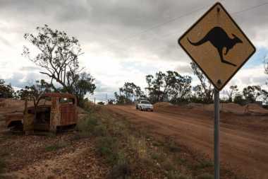 Remaja Australia Bawa Kabur Mobil Keluarga Melintasi Negeri
