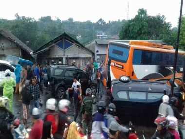 Satu Korban Kecelakaan Maut Puncak Masih Dirawat di RSUD Ciawi Bogor