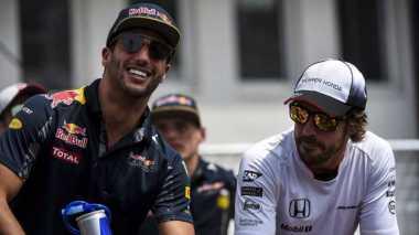 Ricciardo Tak Ingin Ikuti Jejak Fernando Alonso yang Tampil di Indy 500