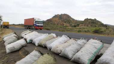 Tabrakan Bus dengan Truk Minyak Goreng di Kenya Menewaskan 24 Orang