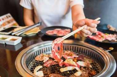 Sepasang Kekasih di Hong Kong Berkelahi Gara-Gara Tagihan Restoran