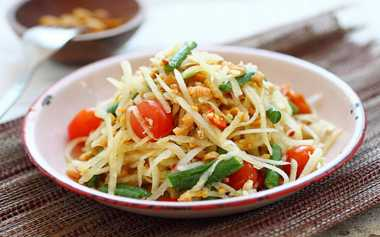 RESEP PILIHAN: Green Papaya Salad, Street Food Thailand yang Populer