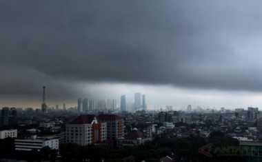 Awas! Hujan Lebat, Petir dan Angin Kencang Intai Lampung