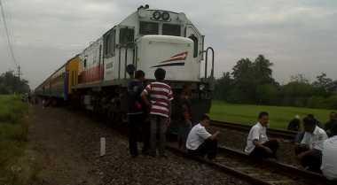 KAI Datangkan Lima Unit Lokomotif Pengangkut Semen ke Padang