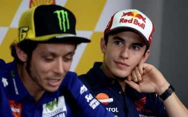 Terkait Insiden dengan Zarco, Marquez Berikan Pembelaan kepada Rossi