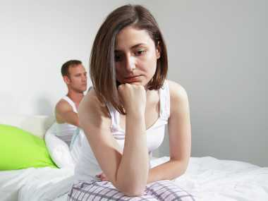 Bersenggama Tak Nyaman Gara-Gara Istri Pakai IUD, Ini Pemicunya!