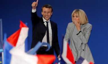 KISAH: Terpaut 25 Tahun, Capres Prancis Emmanuel Macron Nikahi Guru SMA-nya