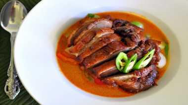 RESEP PILIHAN: Makan dengan Menu ala Street Food Thai Roast Duck