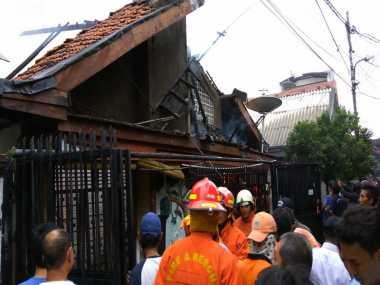 Mau Dijual, Rumah Kosong di Tambora Malah Terbakar