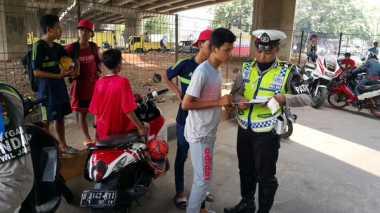 Lewati Fly Over Jalan Sudirman Pekanbaru, Puluhan Pemotor Ditilang Polisi