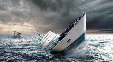 Lima Perahu Nelayan Mukomuko Tenggelam Diterjang Ombak